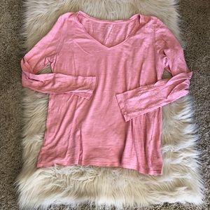 Gap long sleeve V neck